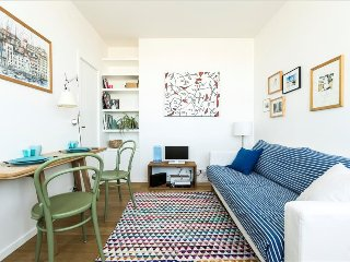 Spacious and panoramic studio in the 11th arrondissement