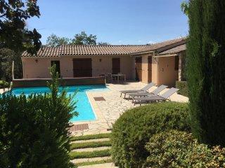 Petite villa climatisee avec piscine privee