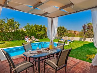 Dream Villa,Private pool,5 min from sandy Beach!!!, Akrotiri