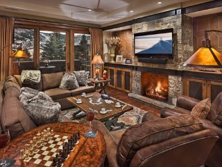 One Steamboat Place - Three Forks Mtn #306 - Ski-in/ski-out Luxury