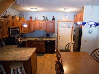 Sunday River Condo - Sunrise C-130/132, Newry