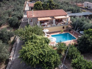 Villa Myrrini - Lovely sunlit terrace & private pool.