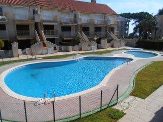 102A - Apartamento cerca de playa y con piscina