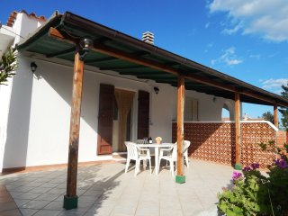 VILLETTA GINEPRO,chalet in the countryside at the sea, 4 persons