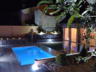 Etna Villa Bosco with pool private, Pedara