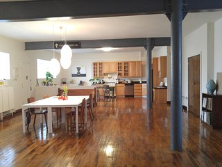 Spacious 4 bedroom Loft for Families or Companies