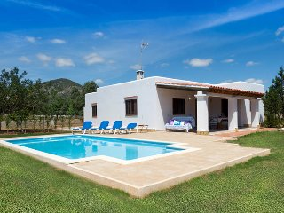 Villa Alegria, located on ibiza town at only few minutes from Playa den bossa