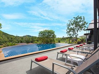 Phuket Holiday Villa 8790