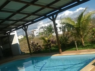 Cozy GuestHouse for small family (private pool & near beach) near Port Louis