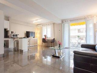 Apartment 92