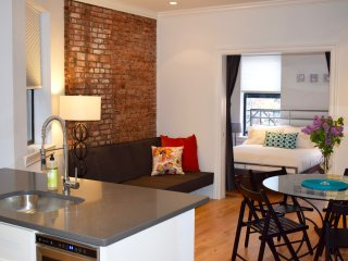 Desirable 3BR/2BA apt. in Soho!