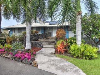 NEW! 3BR Kailua-Kona Home w/ Shared Pool & Ocean View!