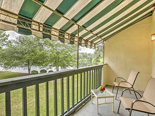 NEW! 2BR Niceville Condo w/ Pool & Tennis Courts!