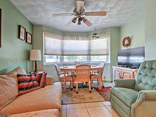 Cozy Daytona Beach Home w/Big Yard -Walk to Beach!