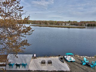Poconos Beach Lakefront exquisite