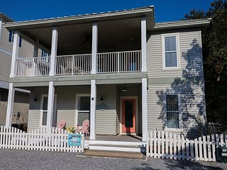 July 8-15 Available!Steps Away from the Beach! Updated 3 Bedroom Private Pool