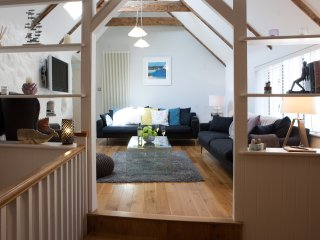 The Moorings IV, Back Road West - Contemporary Open Plan Cottage - Sleeps 4
