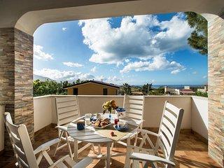 Villa Gioia 7 posti, giardino+bbq, vicino al mare