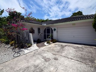 Cute ground level home in East Rocks - Tropical