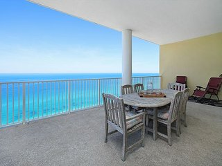 OPEN 8/20-24 NOW ONLY $999 TOTAL!! BEACHFRONT! HUGE BALCONY! NEW DECOR!