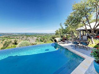 Stunning 3BR Rancho Pacifico w/ Hill Country Views - Infinity Pool, Hot Tub