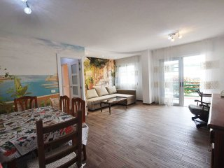 Cozy apartment in Los Cristianos (close to the beach)