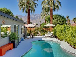 Flawless Contemporary 3BR w/ Gorgeous Mountain Views & Private Pool