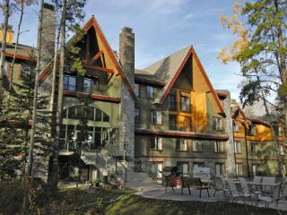 WorldMark Canmore - Banff: 1-Bedroom, Sleeps 4, Full Kitchen