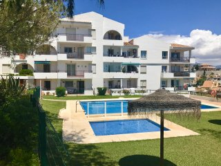 NEW - La Cala de Mijas- Sleeps 4/5, Garden Apartment, Ocean View, Close beach