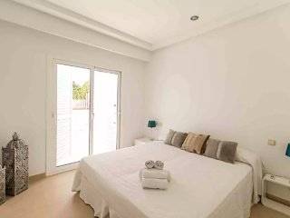 6 bedroom, pool, near Cala Jondal, Sant Jordi