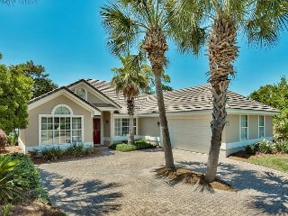 Fabulous Destiny West Beach Home with Spacious Patio Overlooking Sunset Lake