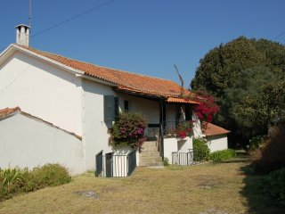 with private pool and just 6 km from the sandy beach of Vila do Conde