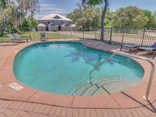 Bayview getaway with shared pool, private jetted bathtub, and boat slip