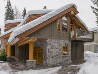 Whistler Golf Log Chalet