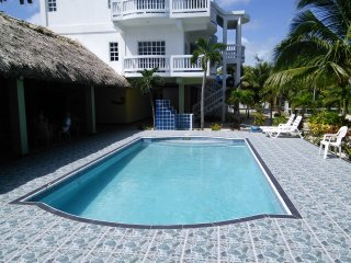 Turtle Cove Boutique Pool A