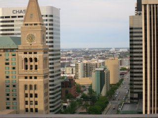 DREAM OF DENVER SUITE: GREAT VIEW, LOCATION AND AMENITIES