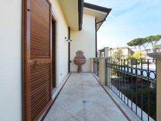 4 bedroom Villa in Forte dei Marmi, Versilia, Lunigiana and sourroundings