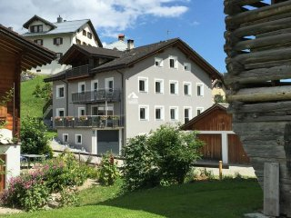 4 bedroom Apartment in Obersaxen Flond, Surselva, Switzerland : ref 2299400, Rueun