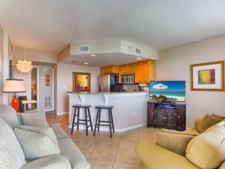 Marina Views, Balcony, Upscale Kitchen, W/D, Free Cable & WI-Fi, Walk to everyth