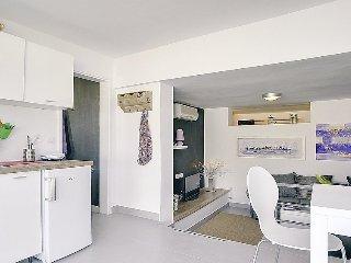 2 bedroom Villa in Medulin Liznjan, Istria, Croatia : ref 2299275