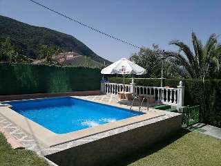 2 bedroom Villa in El Bosque, Andalusia, Spain : ref 5035665