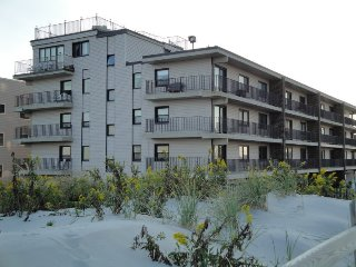 Condo in Beachfront Building with Ocean Views- Steps to the Beach S Seaside Park