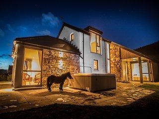 RURAL House in St Andrews, Newburgh