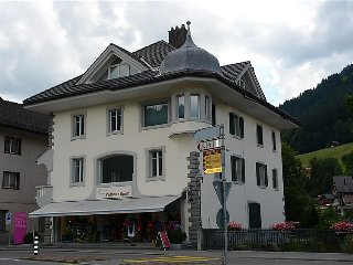 3 bedroom Apartment in Zweisimmen, Bernese Oberland, Switzerland : ref 2297011