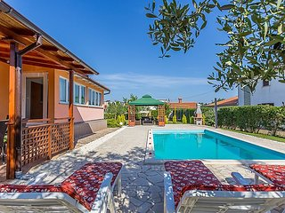 3 bedroom Villa in Sikici, Istarska Zupanija, Croatia : ref 5029328