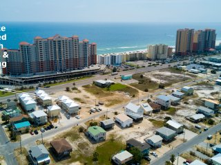 Salty of Salty and Sandy Duplex / community beach access with parking