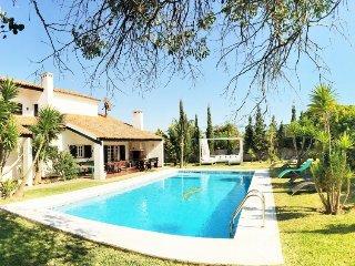 5 bedroom Villa in Charneca, Setúbal, Portugal : ref 5081575