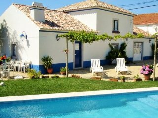 2 bedroom Villa in Sintra, Lisbon Tejo Valley, Portugal : ref 2243311