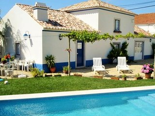 2 bedroom Villa in Queluz, Lisbon, Portugal : ref 5061885