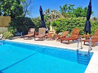 3 bedroom Villa in Cres Punta Kriza, Kvarner Islands, Croatia : ref 2242927, Sveti Jakov